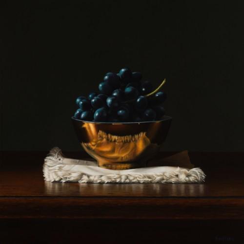 Druiven in een gouden kom