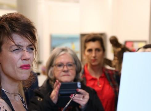 Interview (filmpje) en demonstratie met ' Sterren op het doek ' kunstenaars!