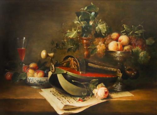Draailier met pioenrozen en fruit